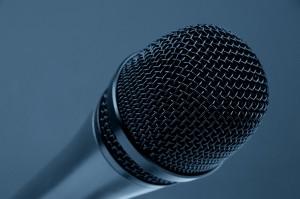 microphone-298587_1280
