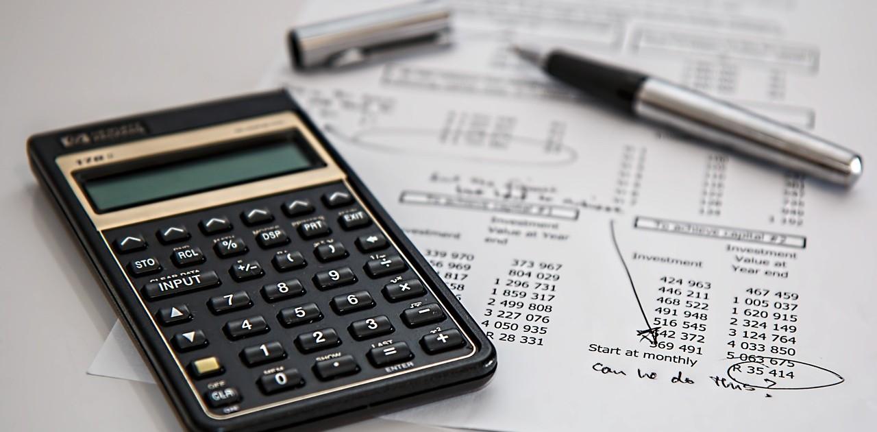 calculator-385506_1280-pixabay